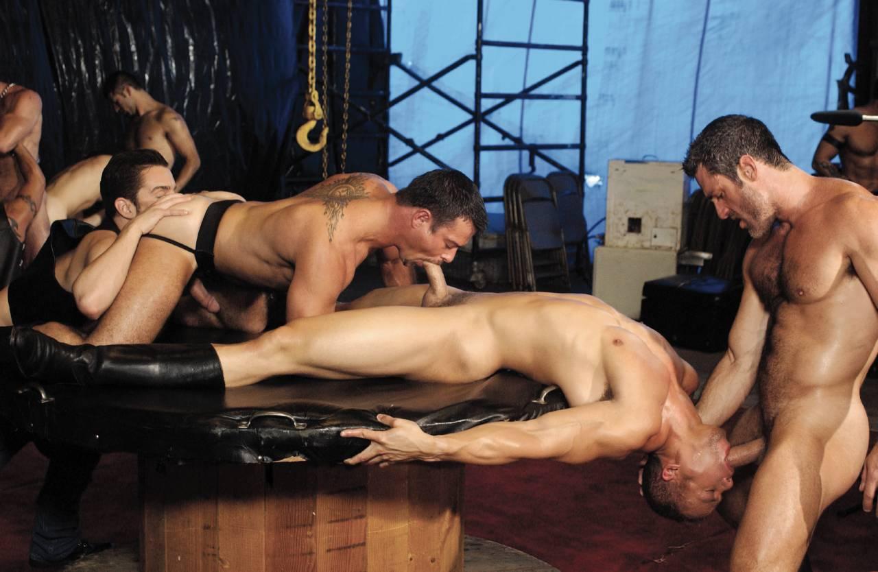 Так бывает секс видео гей клуб