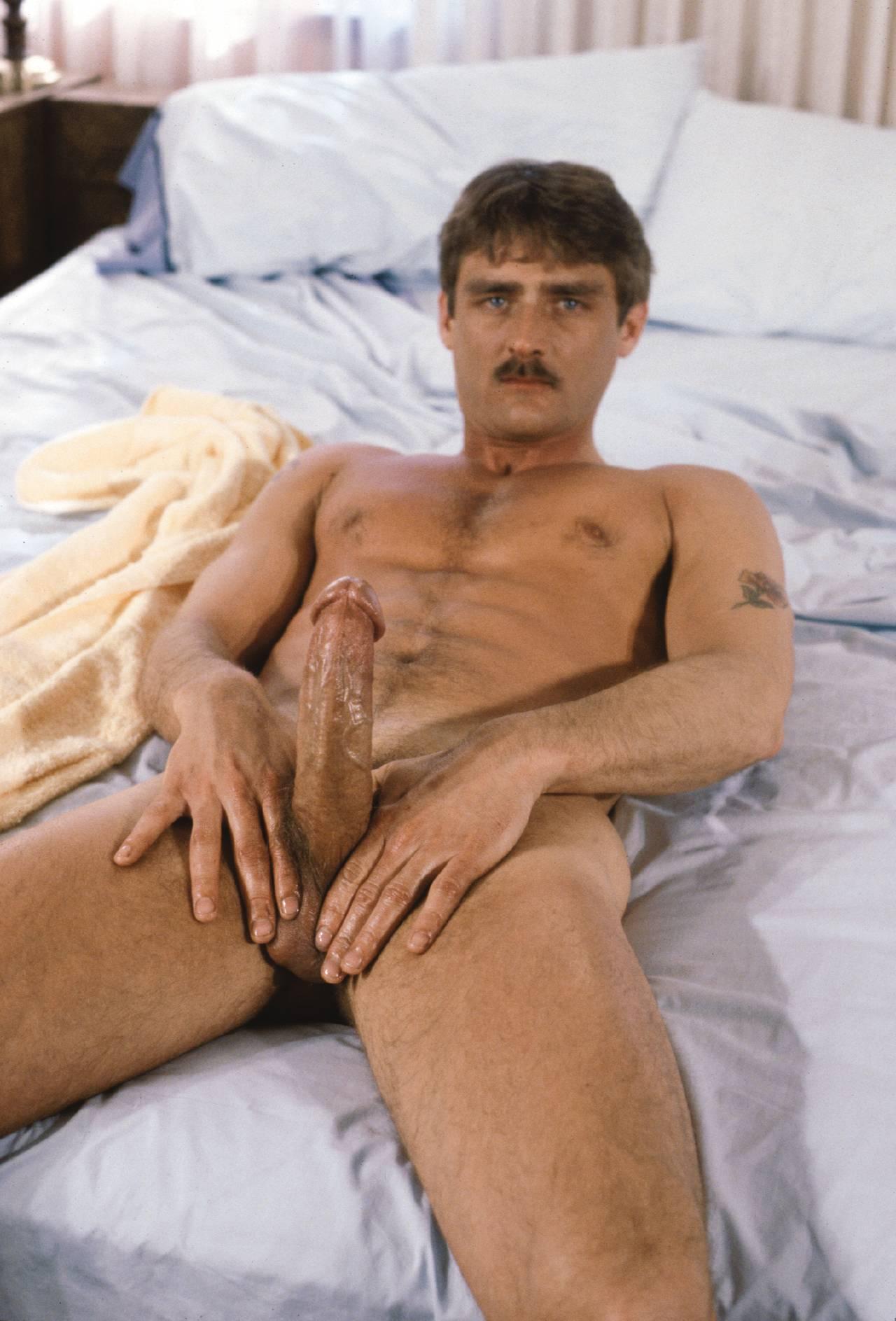 smotret-masturbatsiya-v-porno-rolikah
