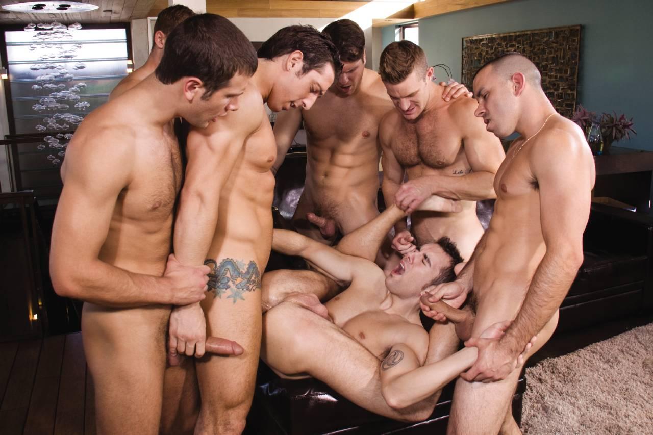геев порно групповой минет