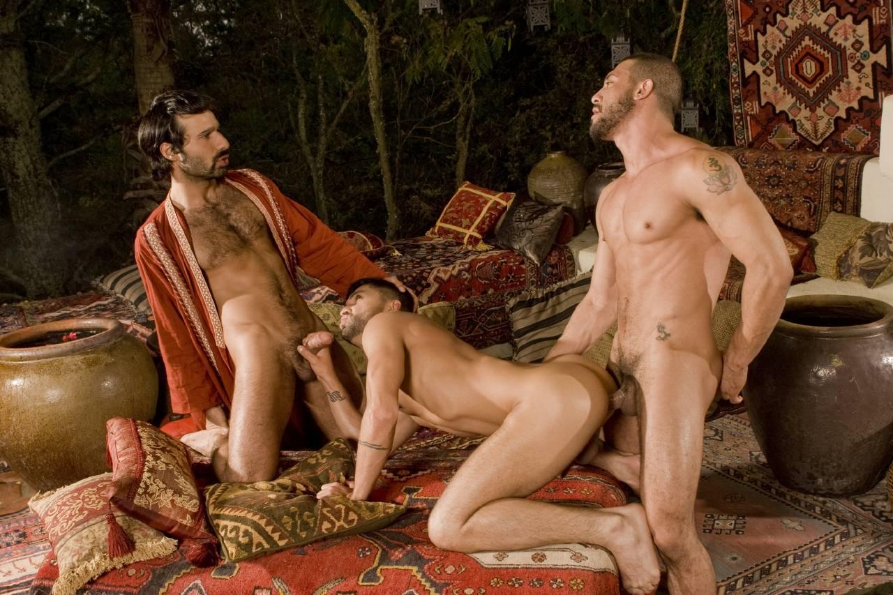 gey-seks-s-arabami