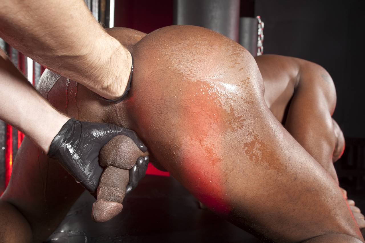 free-gay-interracial-fisting-pictures