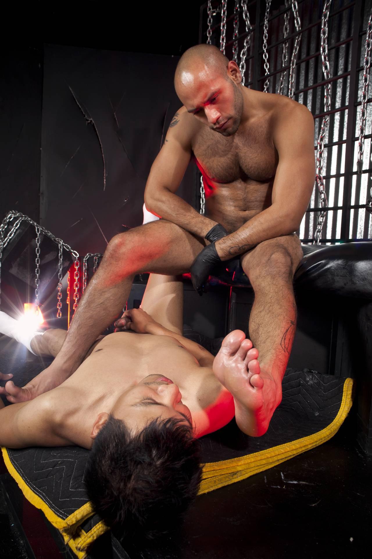 Free gay sleazy fetish porn — pic 4