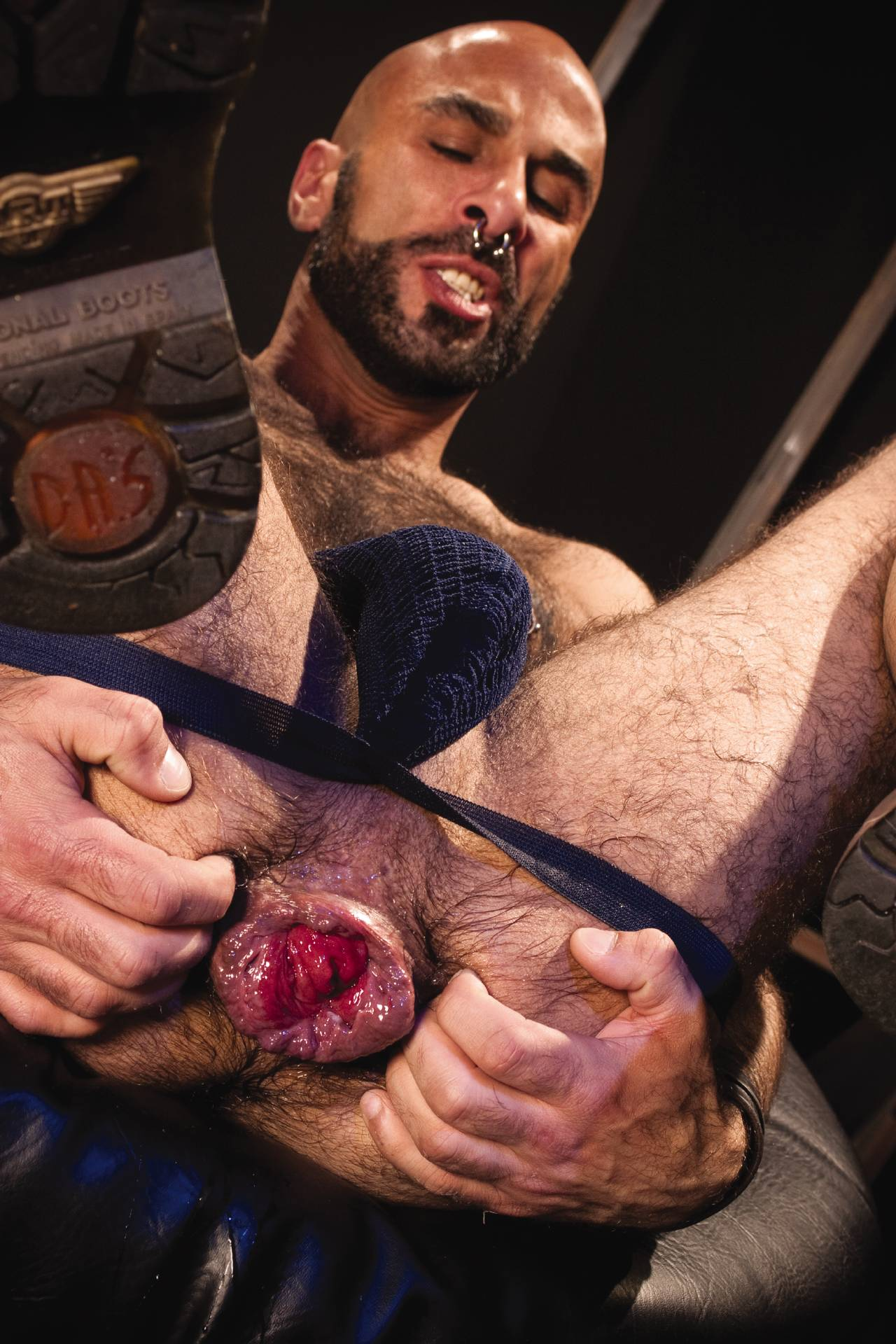 Gay fisting dvd