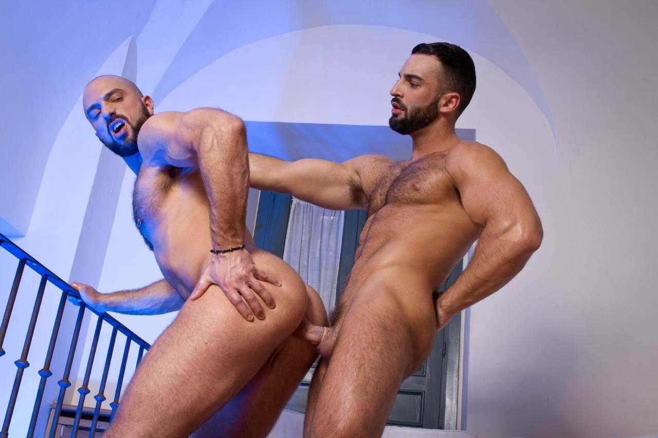 Big Uncut Cock Arab Fucking A White Hairy Muscle Hunk Gay Humper