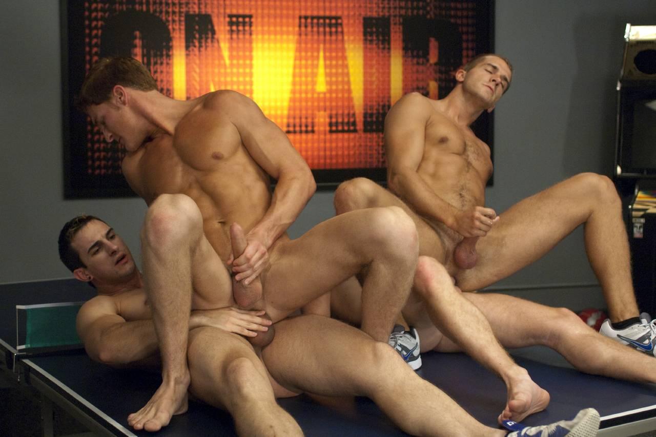 Порно секс геи геев спортсменов видео