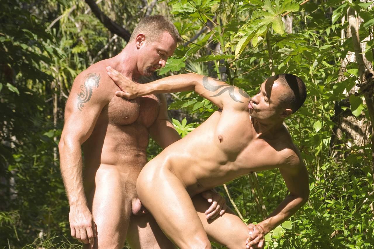 Секс с джунглиями, Бесплатное порно : Индейцы в джунглях 20 фотография